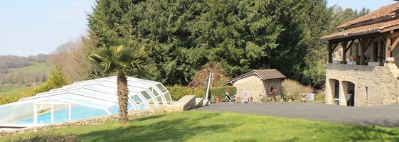 S jour en g te de charme dans le lot for Camping dans le lot avec piscine